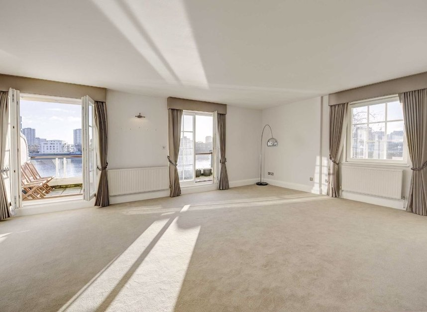 Properties for sale in Admiral Square - SW10 0UU view2