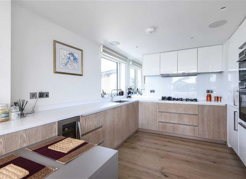 Properties for sale in Albany Park Road - KT2 5SR view3