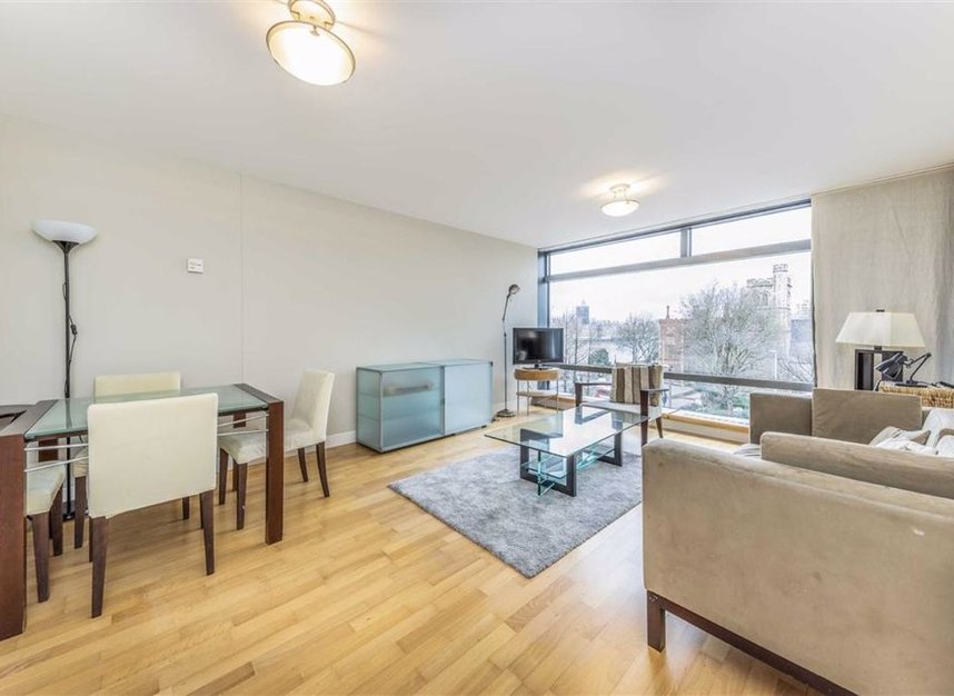 Properties for sale in Albert Embankment - SE1 7XN view3