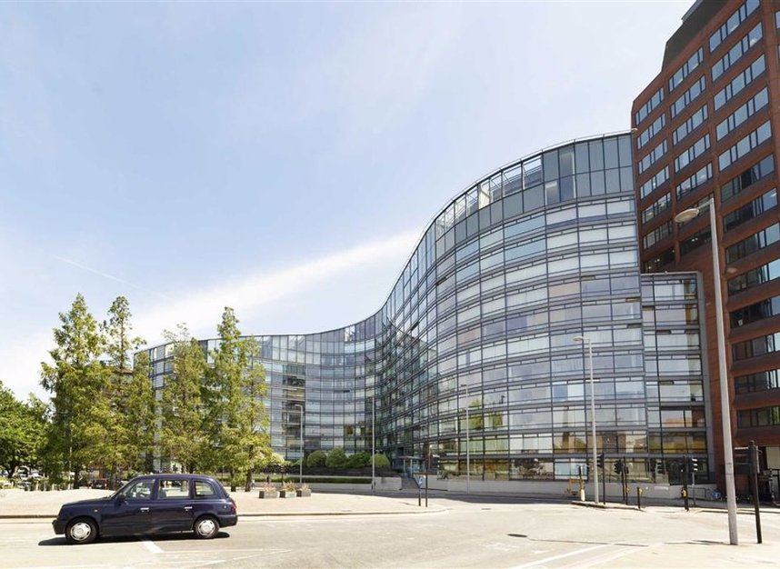 Properties for sale in Albert Embankment - SE1 7XN view2