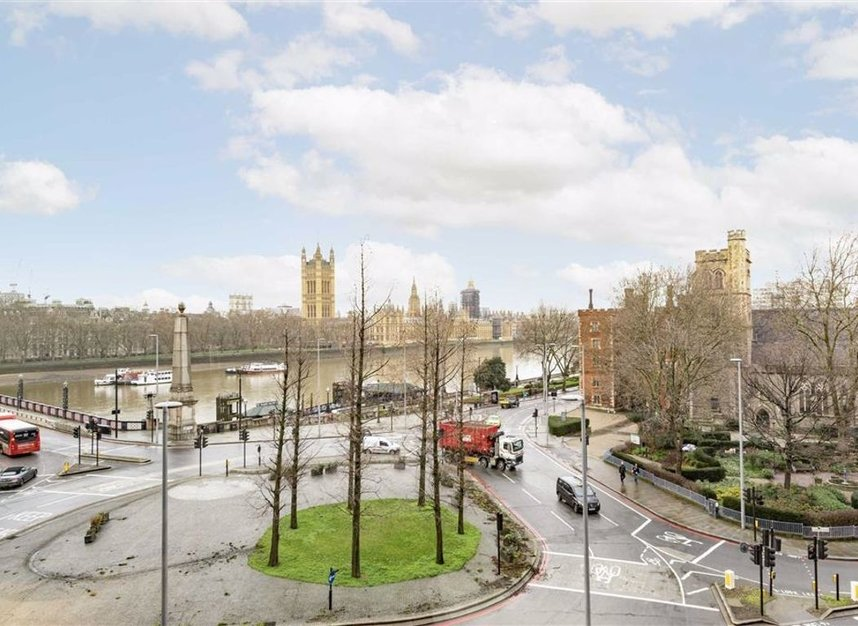 Properties for sale in Albert Embankment - SE1 7XN view1