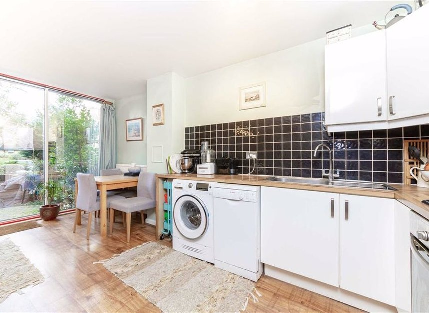 Properties for sale in Asher Way - E1W 2JZ view3