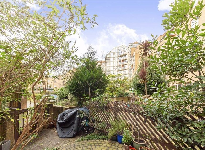 Properties for sale in Asher Way - E1W 2JZ view6