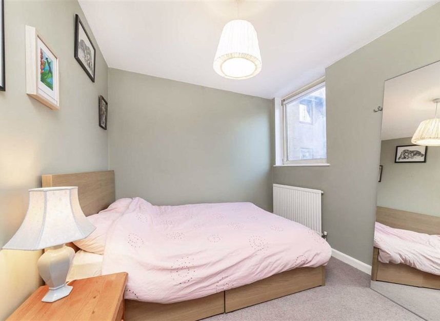 Properties for sale in Asher Way - E1W 2JZ view5