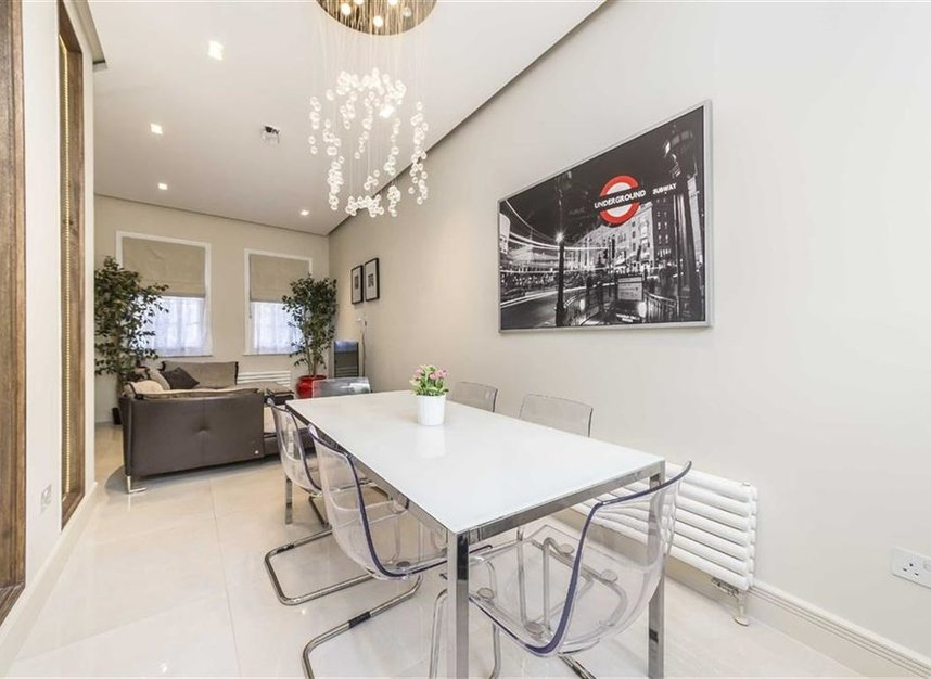 Properties for sale in Battersea Square - SW11 3RA view4