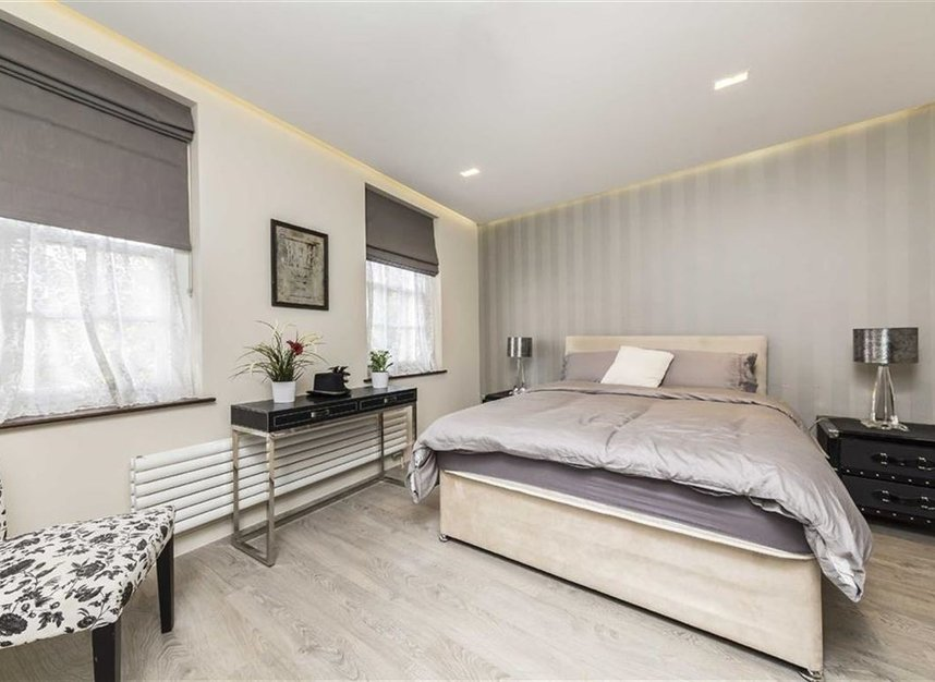 Properties for sale in Battersea Square - SW11 3RA view5