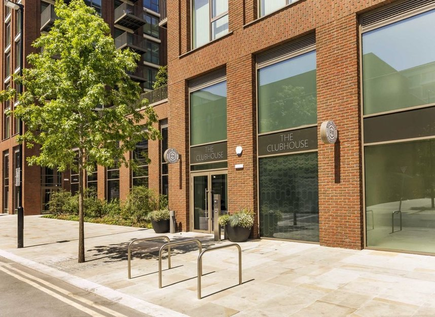 Properties for sale in Bonnet Street - E16 2SY view5
