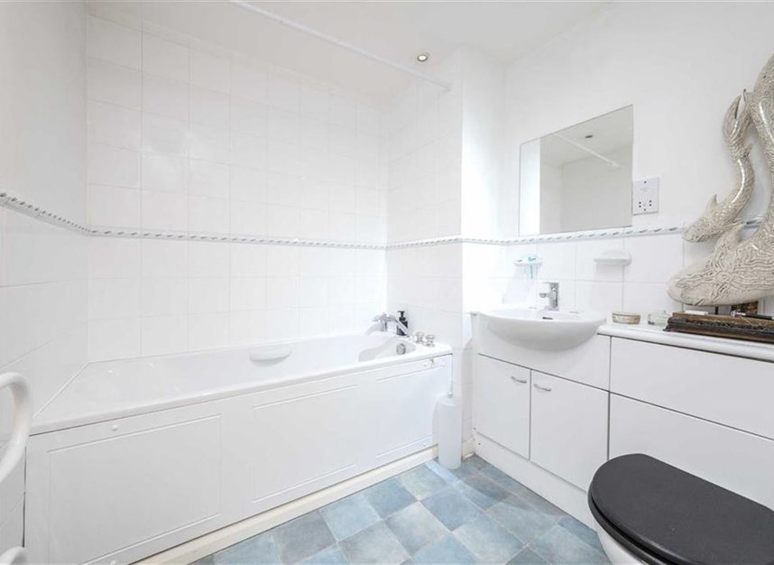Properties sold in Branch Road - E14 7JZ view6