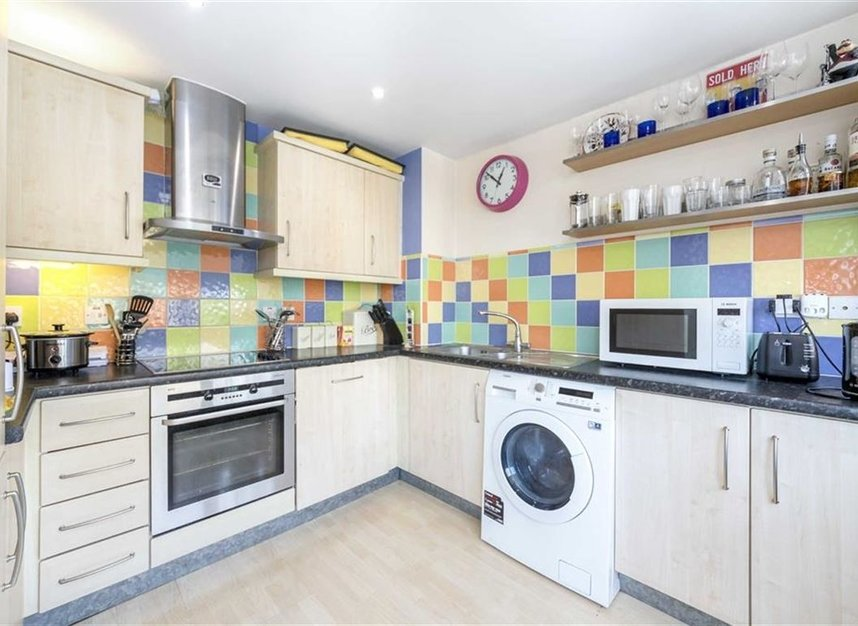 Properties sold in Branch Road - E14 7JZ view4