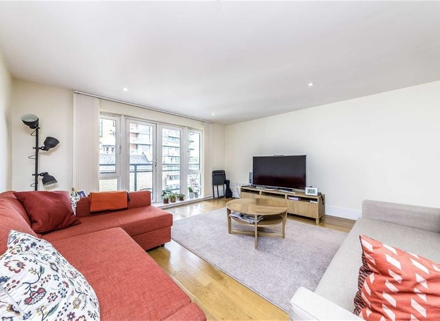 Properties for sale in Brewhouse Lane - SW15 2JX view2