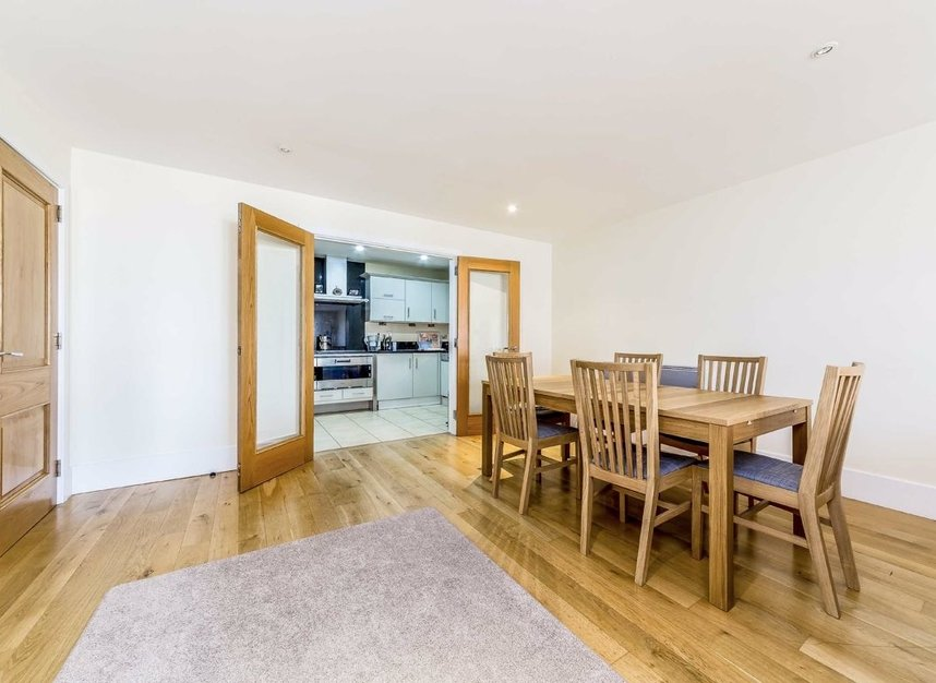 Properties for sale in Brewhouse Lane - SW15 2JX view4