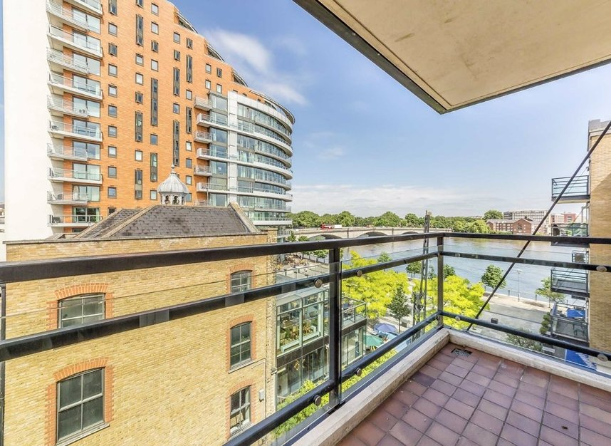 Properties for sale in Brewhouse Lane - SW15 2JX view1