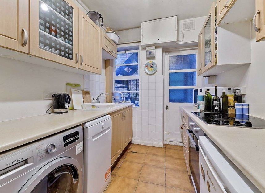 Properties for sale in Cambridge Park - TW1 2JQ view4