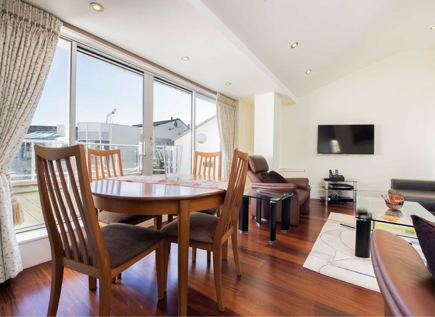 Properties sold in Carlyle Court - SW10 0UQ view2
