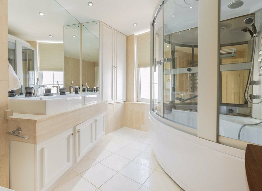 Properties sold in Carlyle Court - SW10 0UQ view8