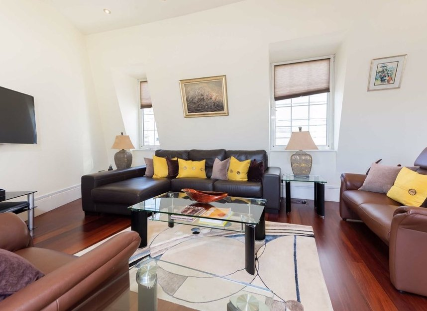 Properties sold in Carlyle Court - SW10 0UQ view6