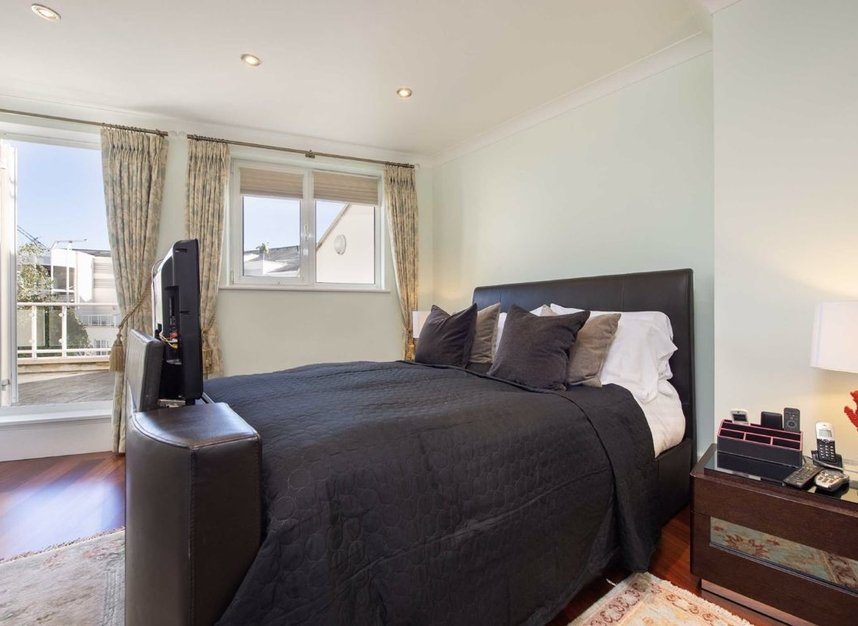 Properties sold in Carlyle Court - SW10 0UQ view3