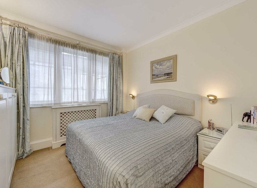 Properties for sale in Carlyle Court - SW10 0UQ view4