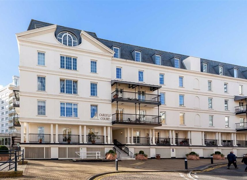 Properties for sale in Carlyle Court - SW10 0UQ view1