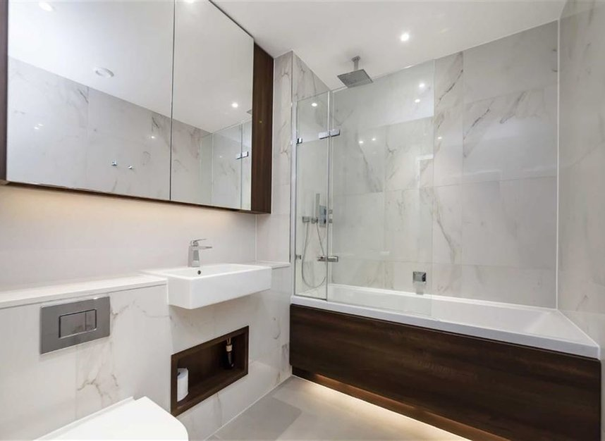 Properties for sale in Central Avenue - SW6 2GN view7