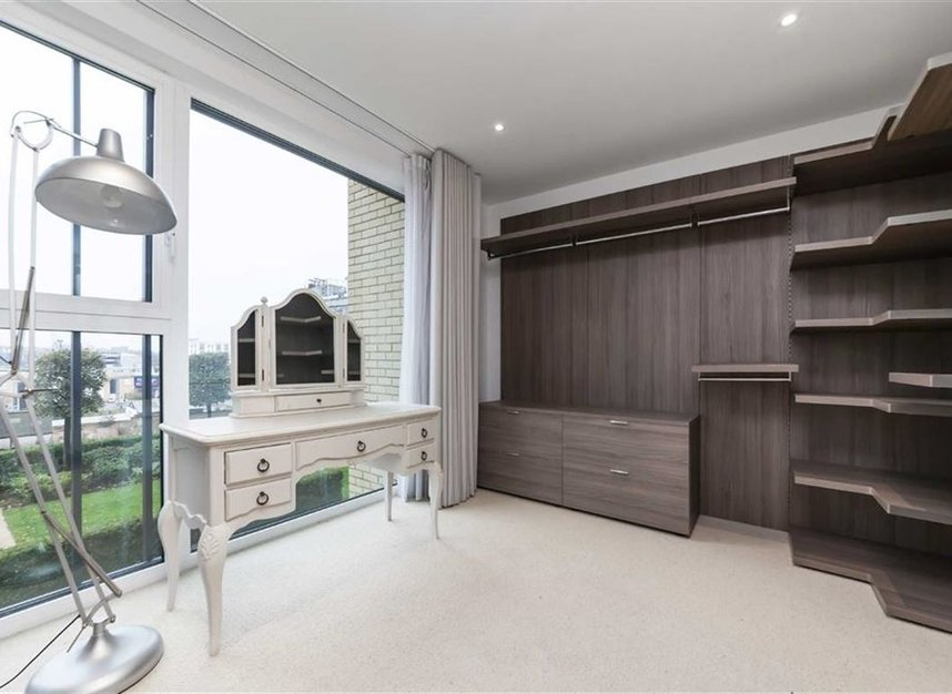 Properties for sale in Central Avenue - SW6 2GN view6