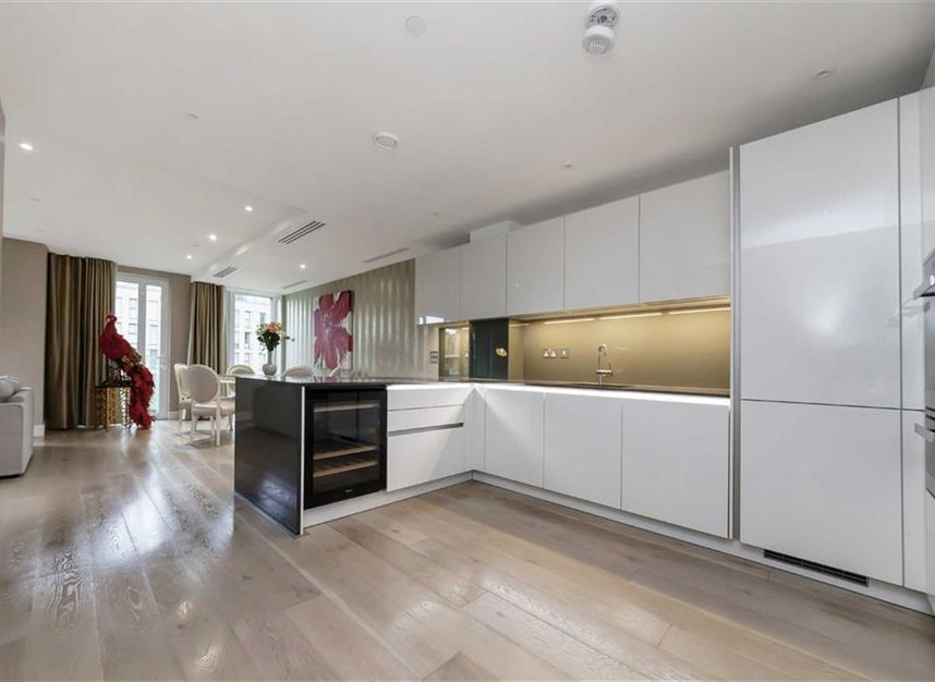 Properties for sale in Central Avenue - SW6 2GN view3