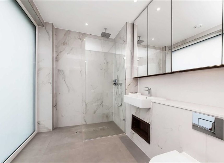 Properties for sale in Central Avenue - SW6 2GN view5