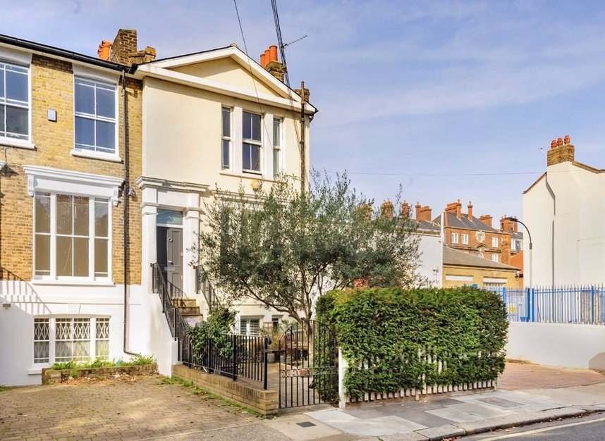 Properties for sale in Chancellors Road - W6 9RS view1