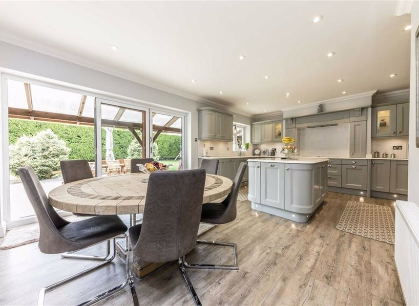 Properties for sale in Chertsey Lane - TW18 3LY view3