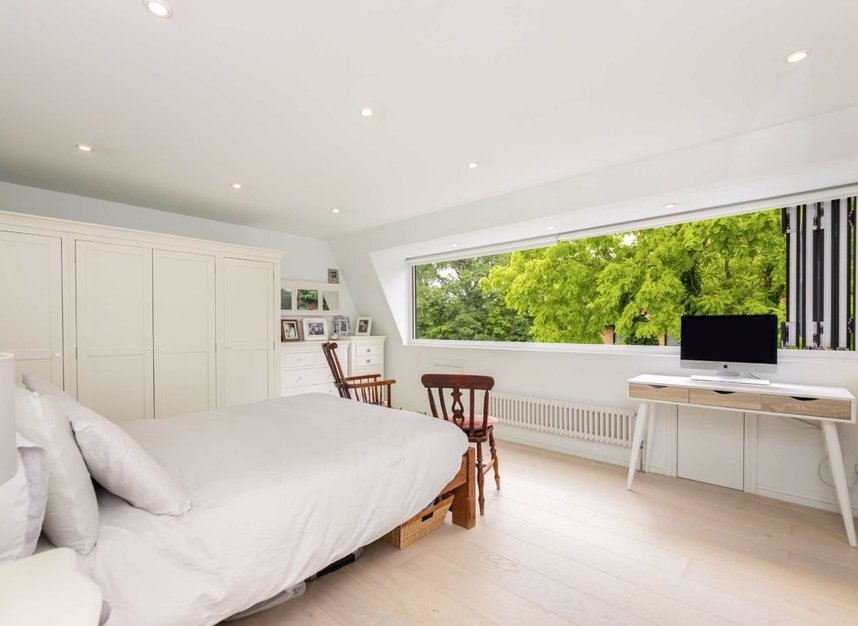 Properties for sale in Church Street - TW7 6BG view6
