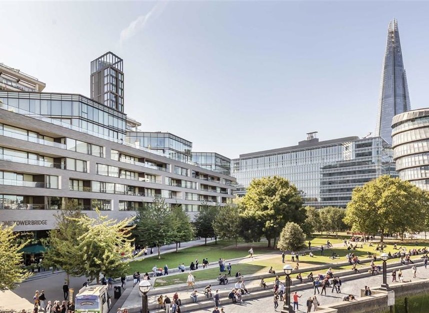 Properties for sale in Crown Square - SE1 2SF view1