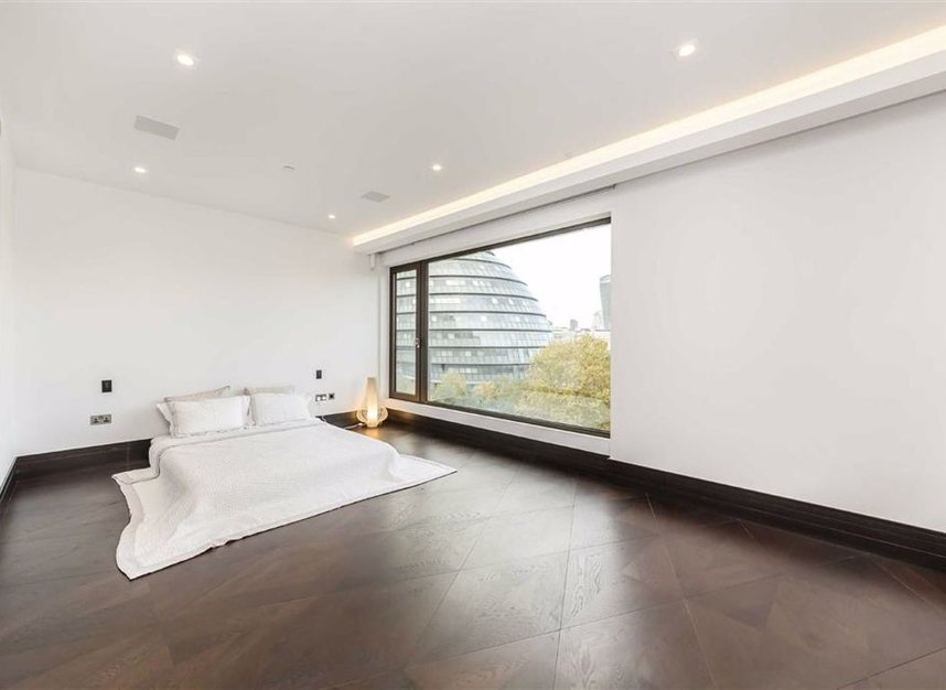 Properties for sale in Crown Square - SE1 2SF view4