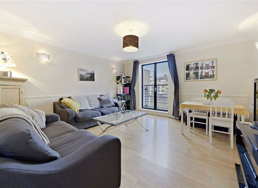 Properties for sale in Curlew Street - SE1 2NN view2