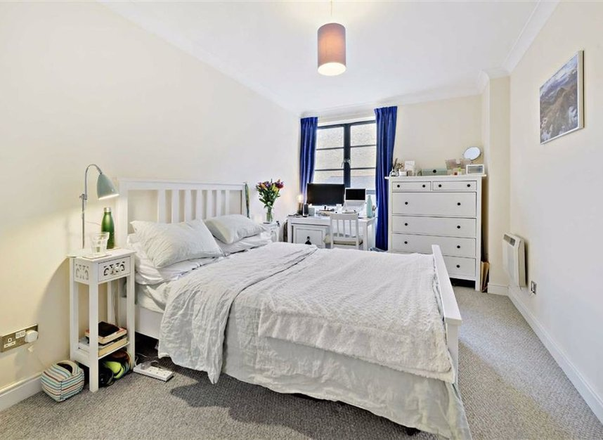 Properties for sale in Curlew Street - SE1 2NN view4