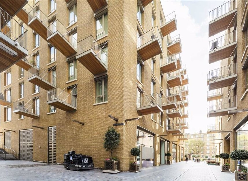 Properties for sale in Duchess Walk - SE1 2RY view6