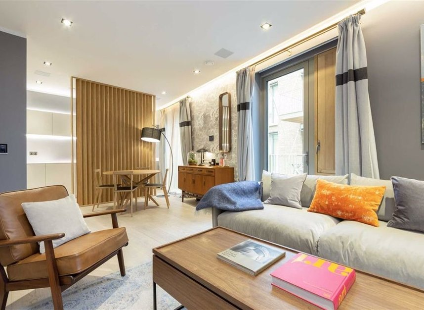 Properties for sale in Duchess Walk - SE1 2RY view2