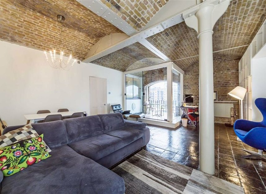 Properties for sale in East Smithfield - E1W 1AT view4