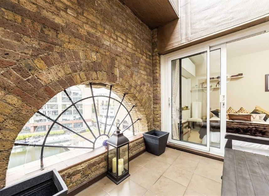 Properties for sale in East Smithfield - E1W 1AT view8