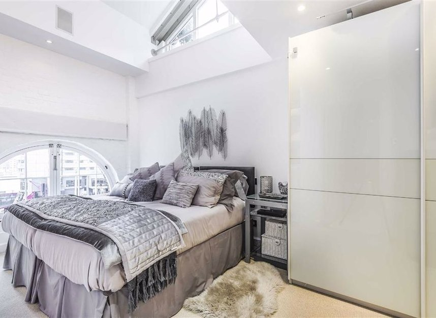Properties for sale in East Smithfield - E1W 1AT view7