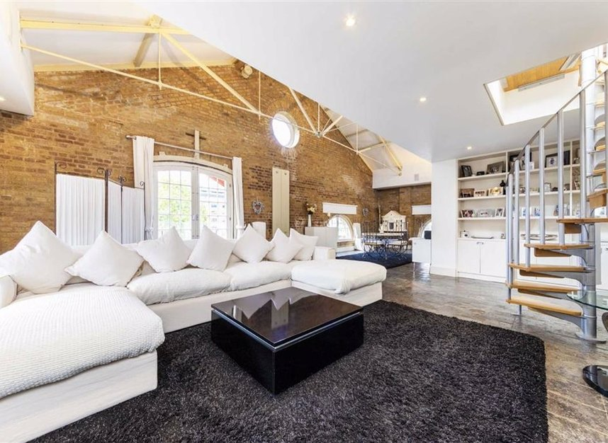 Properties for sale in East Smithfield - E1W 1AT view5