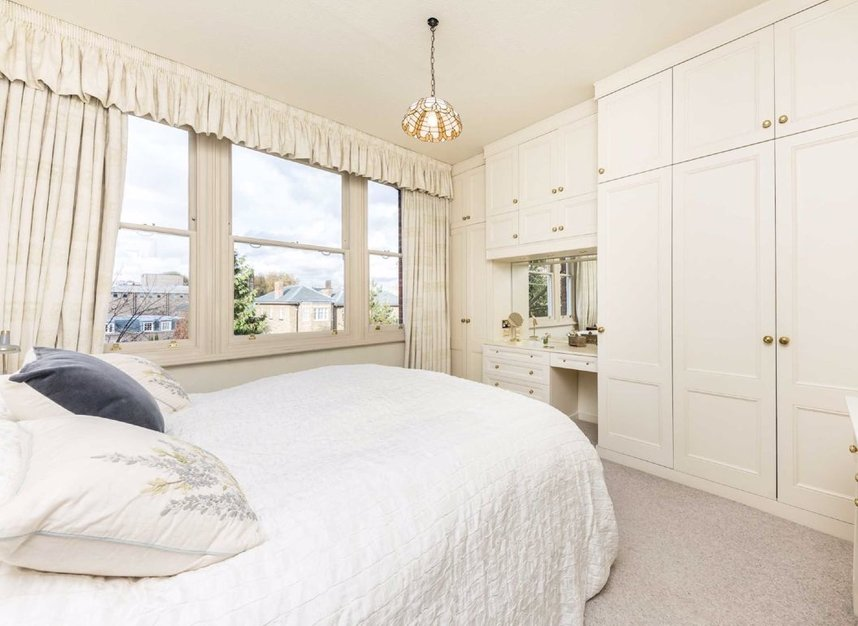 Properties for sale in Embankment Gardens - SW3 4LJ view4
