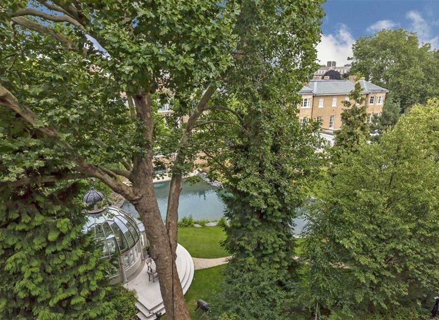 Properties for sale in Embankment Gardens - SW3 4LH view6