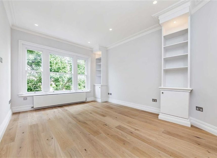 Properties for sale in Embankment Gardens - SW3 4LH view2