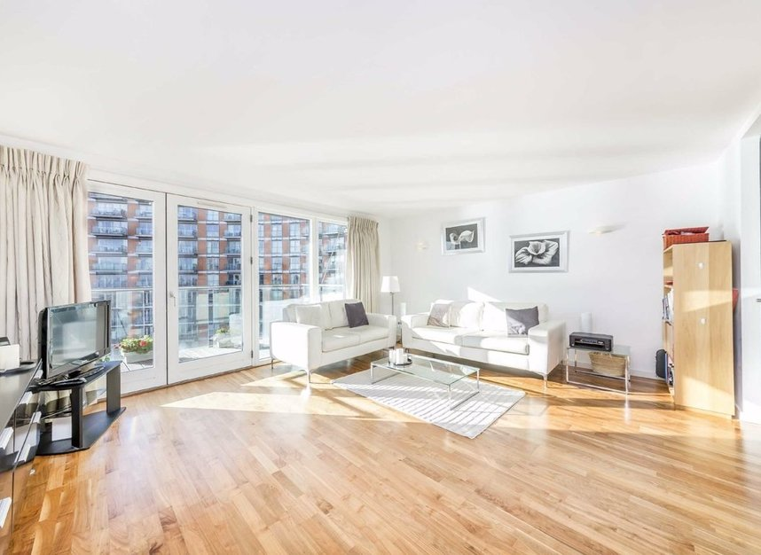 Properties for sale in Fairmont Avenue - E14 9PX view2