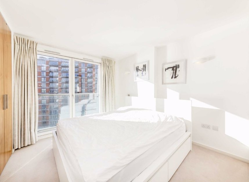 Properties for sale in Fairmont Avenue - E14 9PX view5