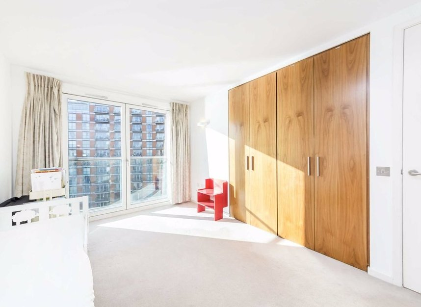 Properties for sale in Fairmont Avenue - E14 9PX view6