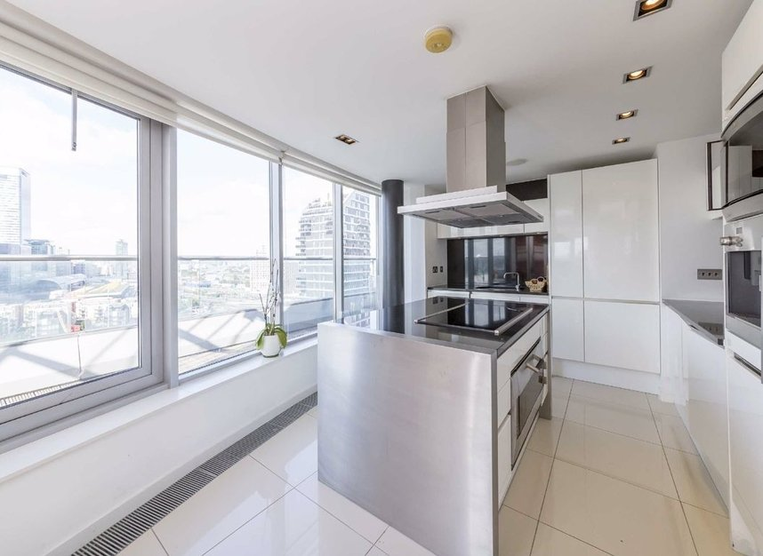 Properties for sale in Fairmont Avenue - E14 9PJ view3