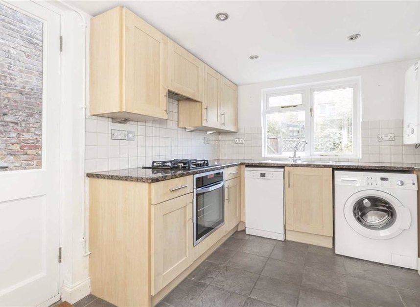 Properties for sale in Flamborough Street - E14 7LS view4