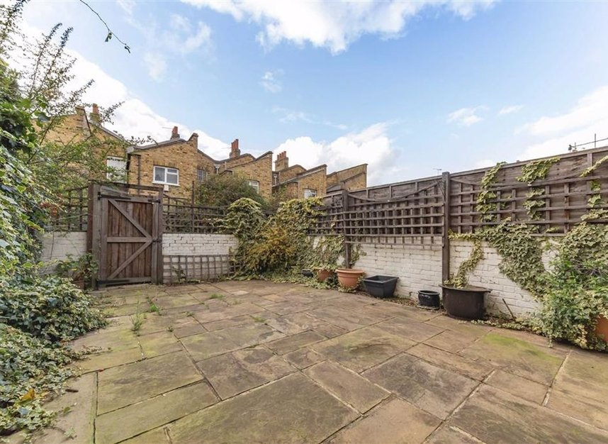 Properties for sale in Flamborough Street - E14 7LS view7