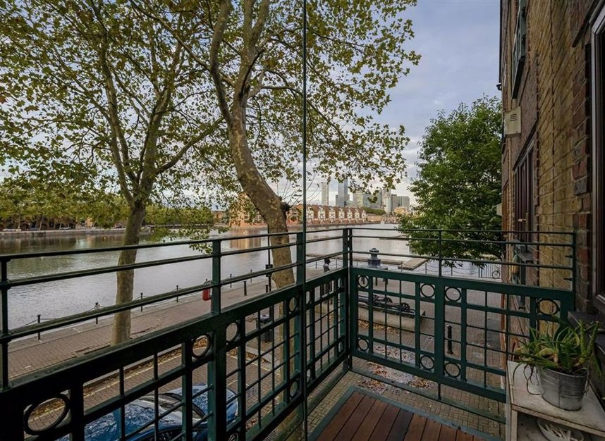 Properties for sale in Greenland Quay - SE16 7RW view10